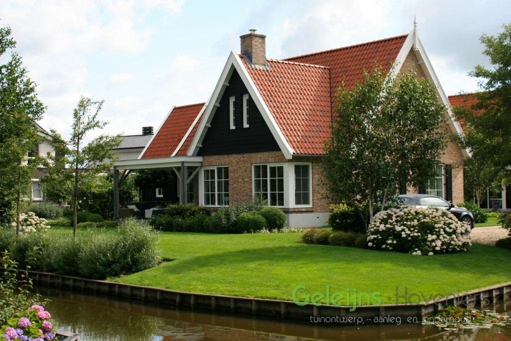 Moderne landelijke tuin geleijns hoveniers for Vacature tuin